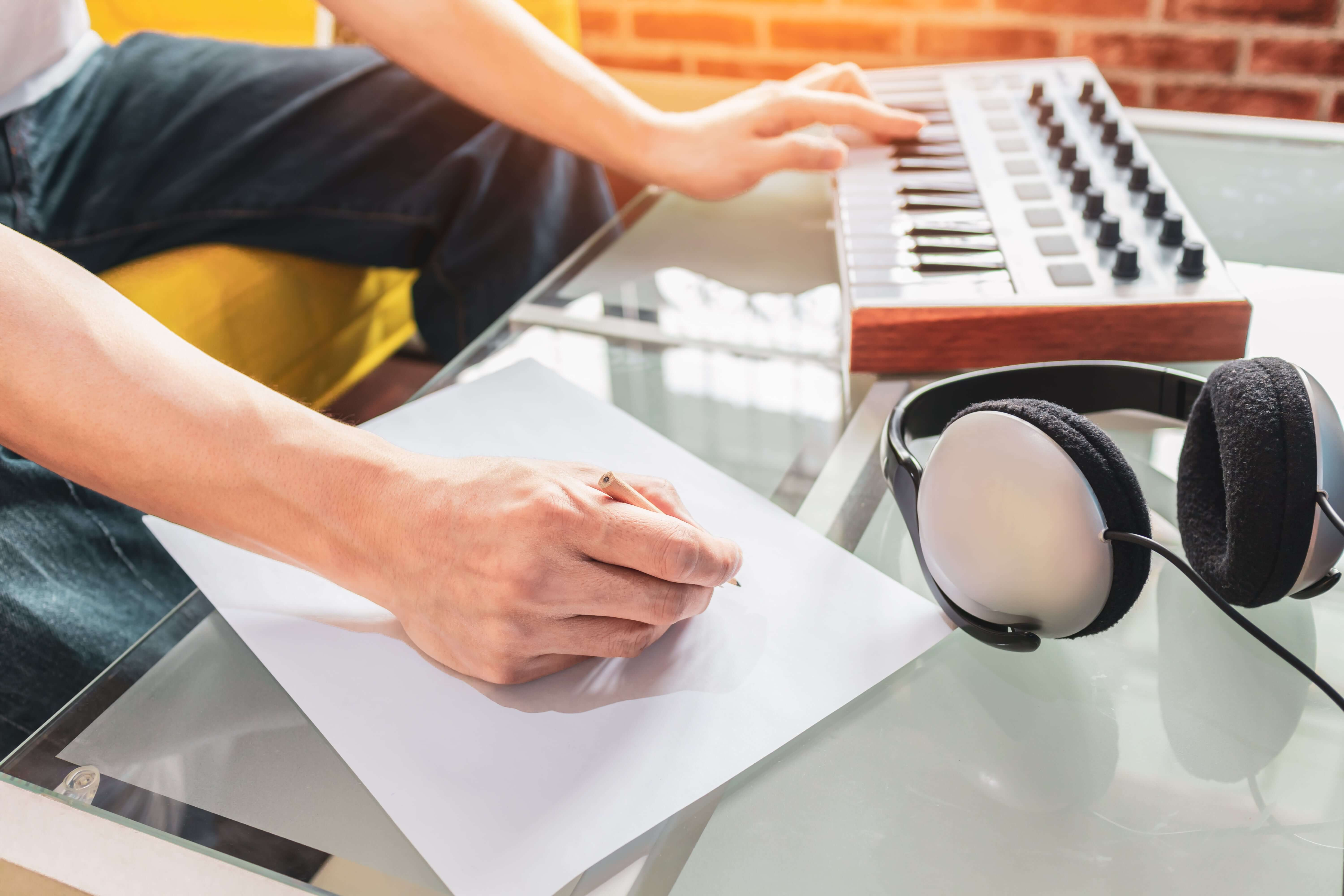Student trying to write a song